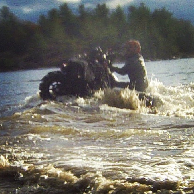 Water wheelie #swampdonkeys style – wish it was more clear