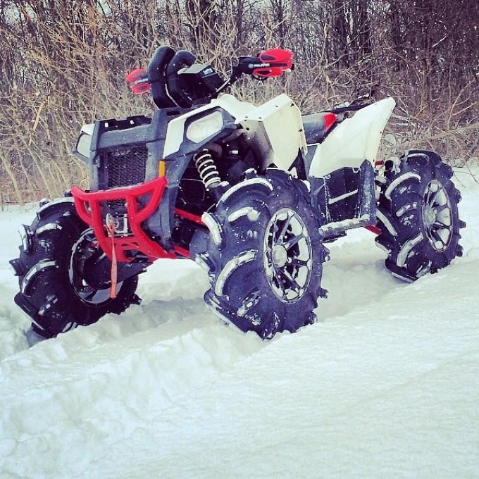 #polaris #scramblerxp #scrambler850 #swampdonkeys a good day for a snow ride @quadlyfe #catvos #silverbacks