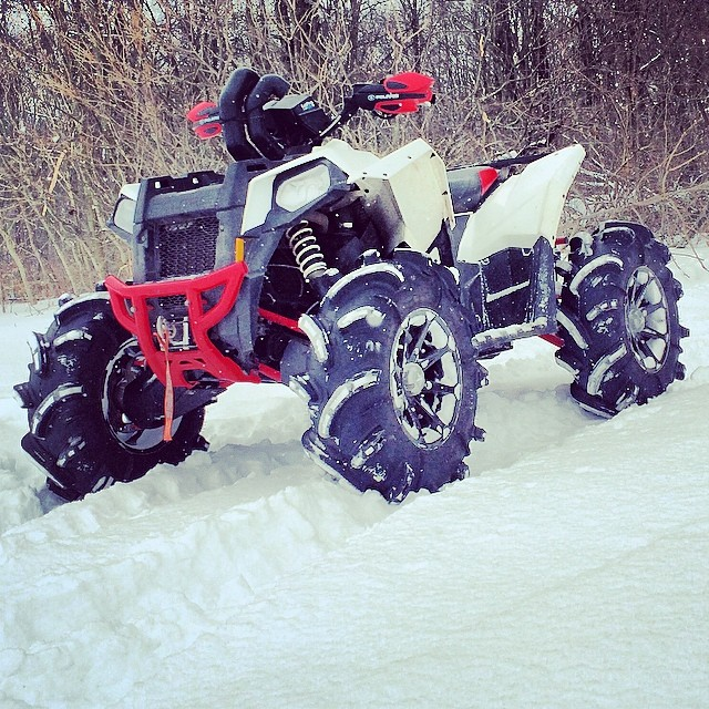 #polaris #scramblerxp #scrambler850 #swampdonkeys a good day for a snow ride @quadlyfe #catvos #silverbacks