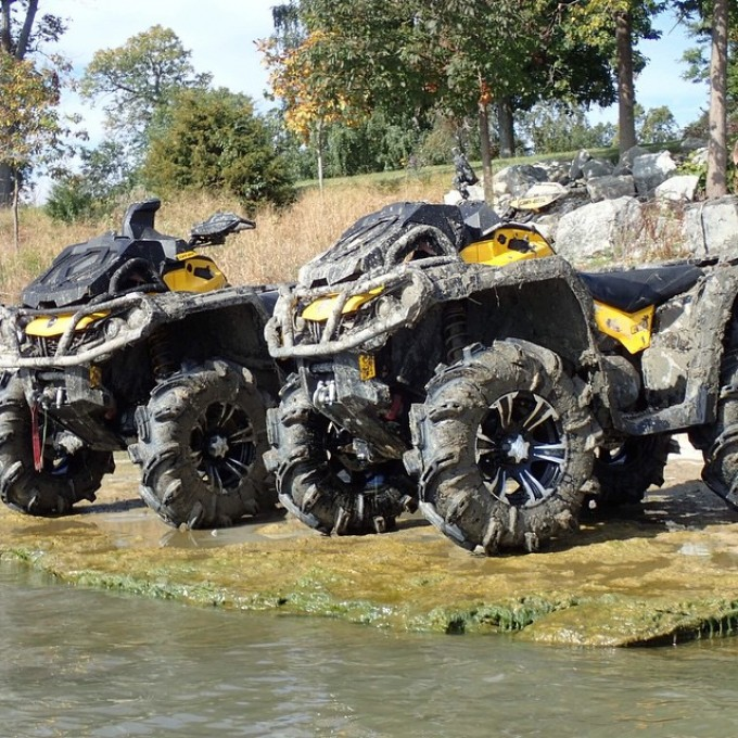 Can am xmr's after a dip in Lake Erie. #swampdonkeys
