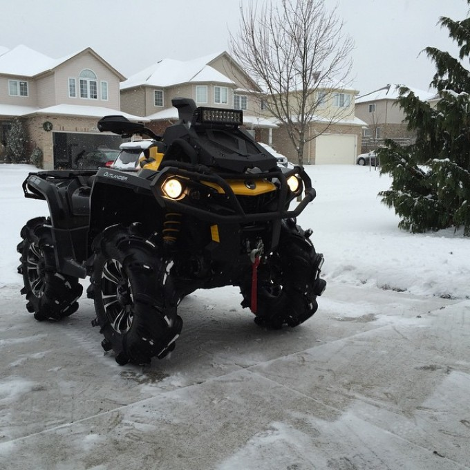 #canam #xmr #snow #nofilter finally the snow returns! Can't wait to go for a rip tomorrow with the #swampdonkeys @webez9 @tomdrich @chriscross4653