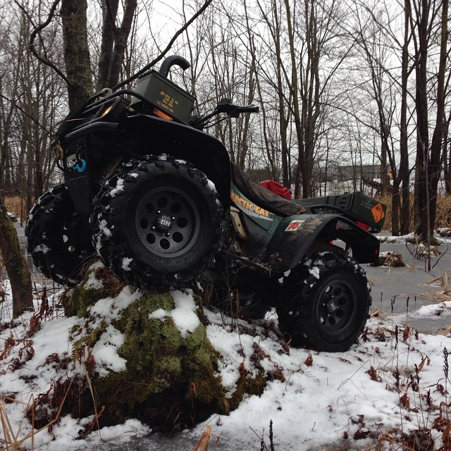 #swampdonkeys Sunday ride. Parking on a stump is a must