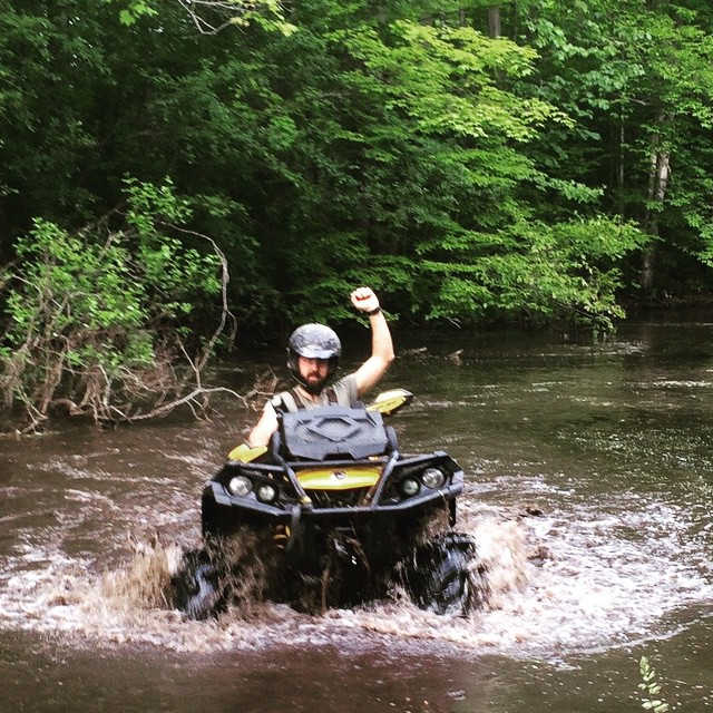 Here comes @webez9 the hairy #beast 2015 #canam #outlander #xmr #800r #tigertail #gorillaaxle #SwampDonkeys he is a true @smithjaret wanna be