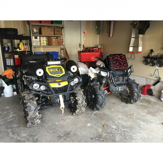 Which one would you choose? #canam #xmr #800r or #polaris #scrambler #850 #swampdonkeys