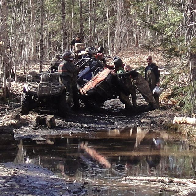 Another angle of the #SwampDonkeys trying to fix #rzr