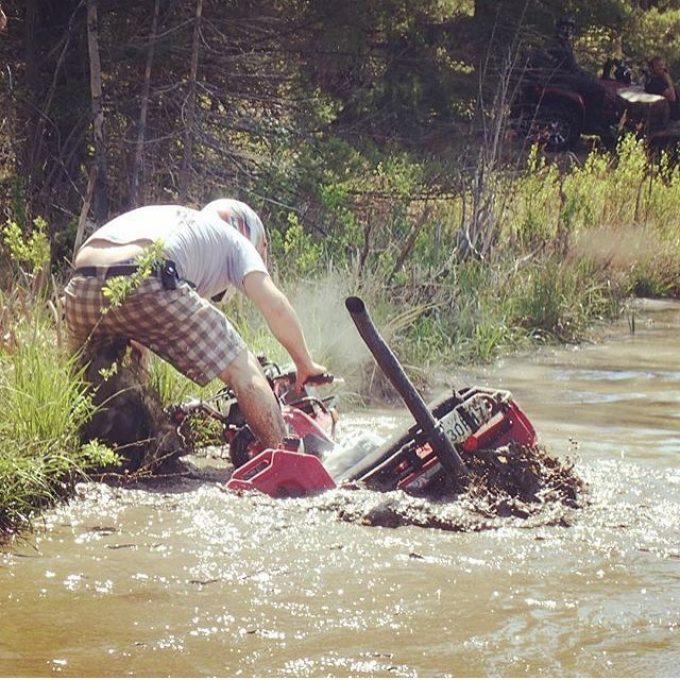 Stuck in a rut but still running! Lol #swampdonkeys