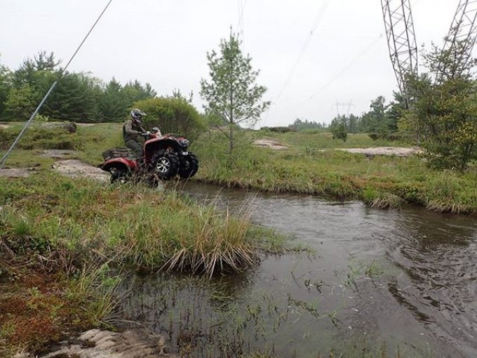 #Yamaha #Grizzly attacking a water hole #full #throttle #swampdonkeys