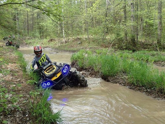 Working the #Silverbacks  #CanAm #Outlander #XMR #800 #swampdonkeys