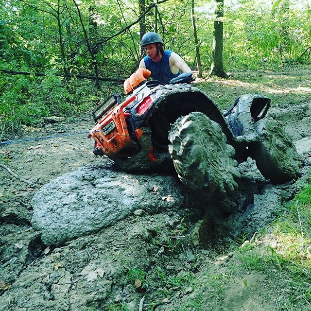 #Canadian #clay #mud holding back the #Polaris #highlighter #xp #1000 today at #HALATV trails #swampdonkeys
