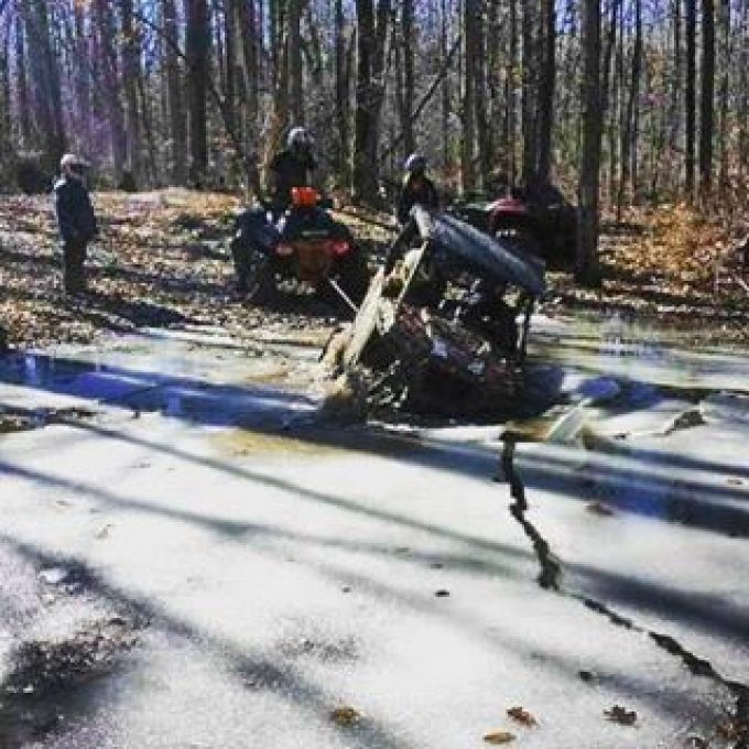 Ice was about 6″ thick. But still not strong enough to hold the machine. #rzr900 #superatv #trailtosport #hawksnest #swampdonkeys