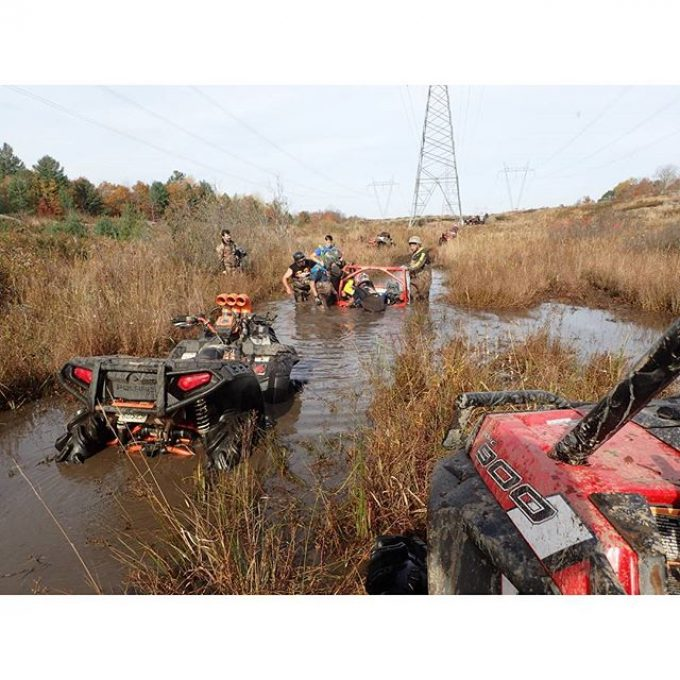 @Martin_G_Ace #MaverickXMR #stuck #planted – only took 5 machines to pull him out #swampdonkeys #rzr900 #sportsman1000