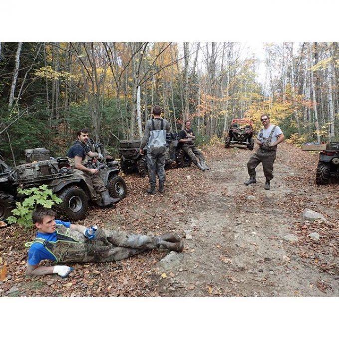 @tomdrich taking a #nap with the #swampdonkeys crew@swampdonkeygrizz @tomdrich @chriscross4653 @timmerlegrand @adam.stanley549 @mr._lifter