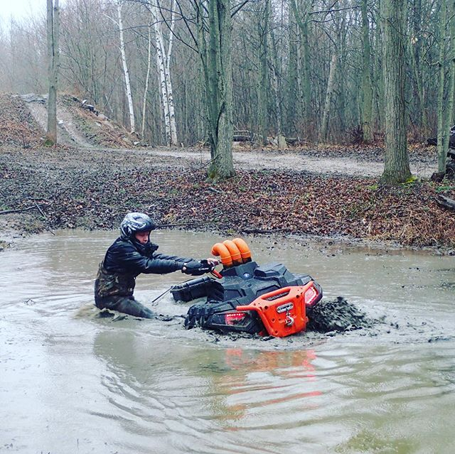 @mr._lifter doing his thing today #swampdonkeys #highlifter1000